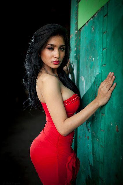 Foto Seksi Bibie Julius Toket Gede Red Dress Foto Cewek Seksi Gambar Cewek Seksi