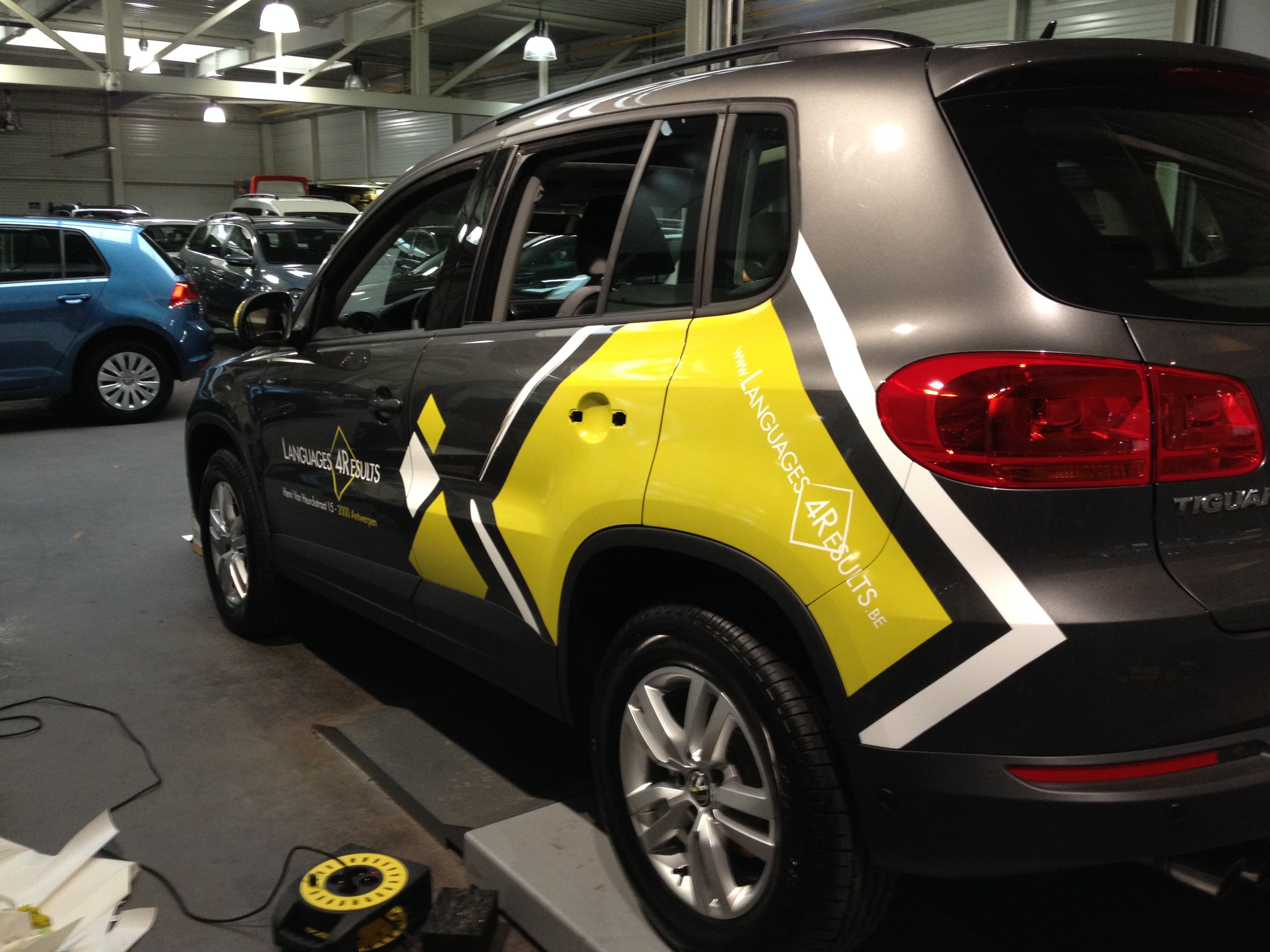 Car wrap carwrapping carwrap ideas for languages4result yellow white carwrap vinyl