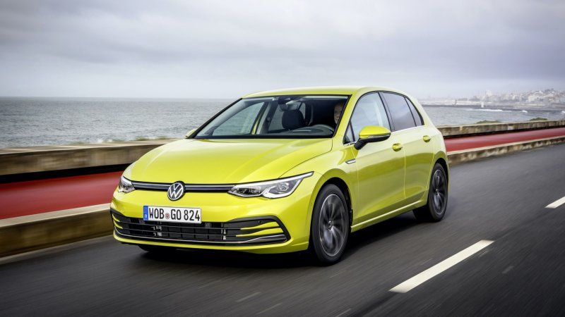 2020 Volkswagen Golf First Drive Review It Keeps The Joy In Driving Volkswagen Volkswagen Golf Car In The World