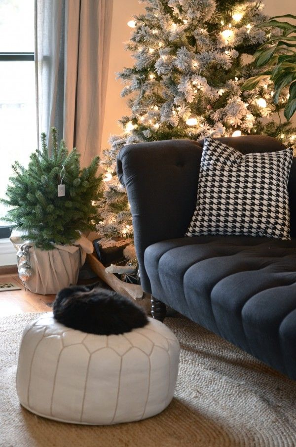 add a strand of C9 lights to a pre-light Christmas tree Home for