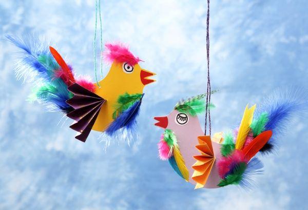 vogel paradiesvogel diy basteln mit kindern kindergeburtstag produziert f r. Black Bedroom Furniture Sets. Home Design Ideas