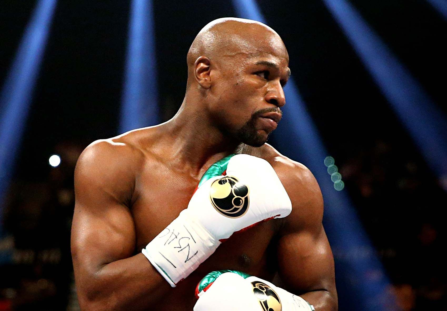 FLOYD MAYWEATHER MIGHT BE RETURNING TO THE RING TO MAKE 1