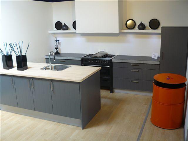 Keuken Schiereiland Met : Thijs van de wouw keukens de u keuken