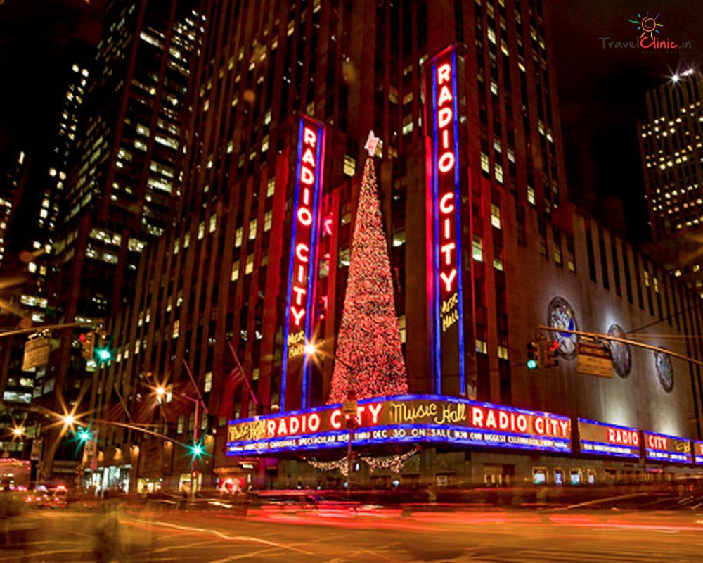 picture of radio city music hall where the christmas spectacular is performed each year - How Long Is The Radio City Christmas Show