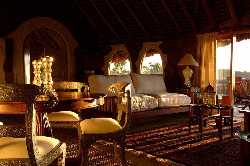 Small luxury hotels as a beach holidays accommodation in Kenya are increasingly popular choice among visitors traveling to Kenya.