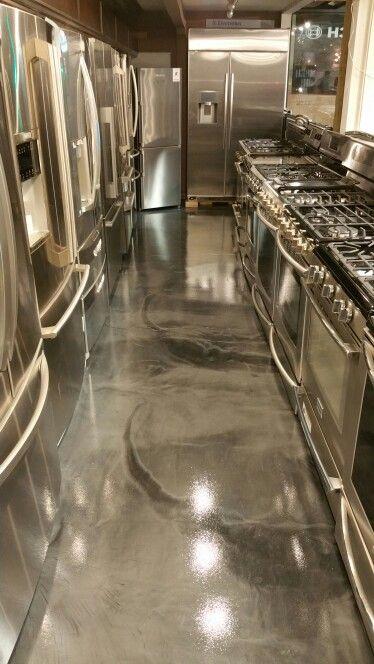 Metallic Epoxy Floor Finish Titanium With Gunmetal Highlights Clear 100 Urtetane Top Coating Metallic Epoxy Floor Epoxy Floor Epoxy Resin Flooring