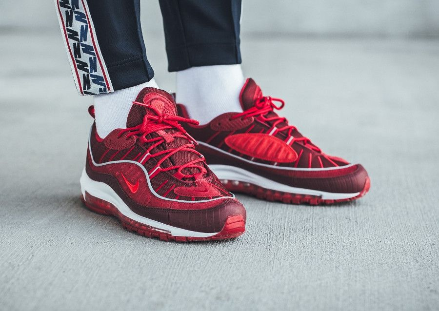 Nike Air Max 98 SE Crocodile  Team Red Habanero Red   d5c05fb0c