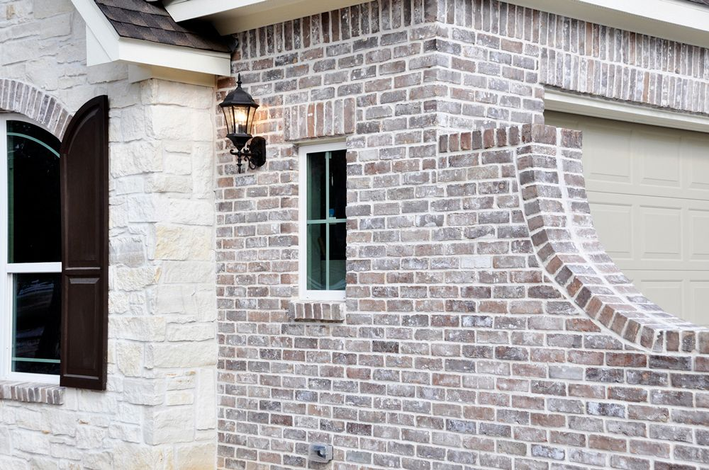 Found This Brick Company That I Love Changing My Mind About Brick Love The Two Mediums Here The Chocolat Brick Exterior House Exterior Brick House Exterior