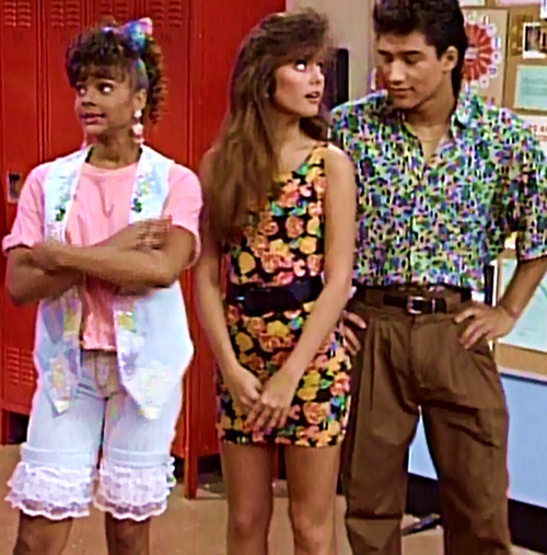 14 Fashion Lessons We Learned From Kelly Kapowski | Saved ...