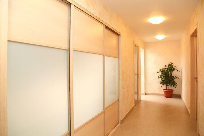 Puertas correderas para espacios pequeños   Blog de Habitissimo ...