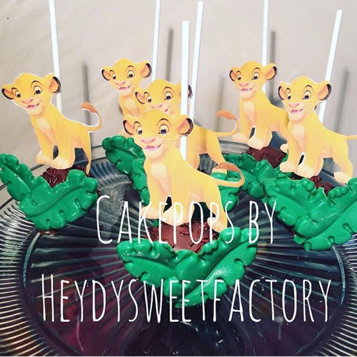 Lion King Cake Pop With Images Lion King Birthday Lion King