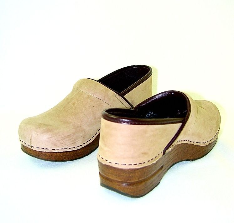 Dansko Suede Taupe Brown Clogs Size 38/7.5-8 #Dansko #Clogs #Casual