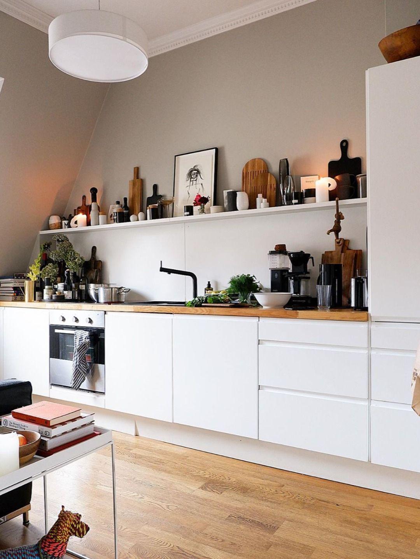 Cuisine blanche et bois scandinave   Décoration maison, Cuisine ...