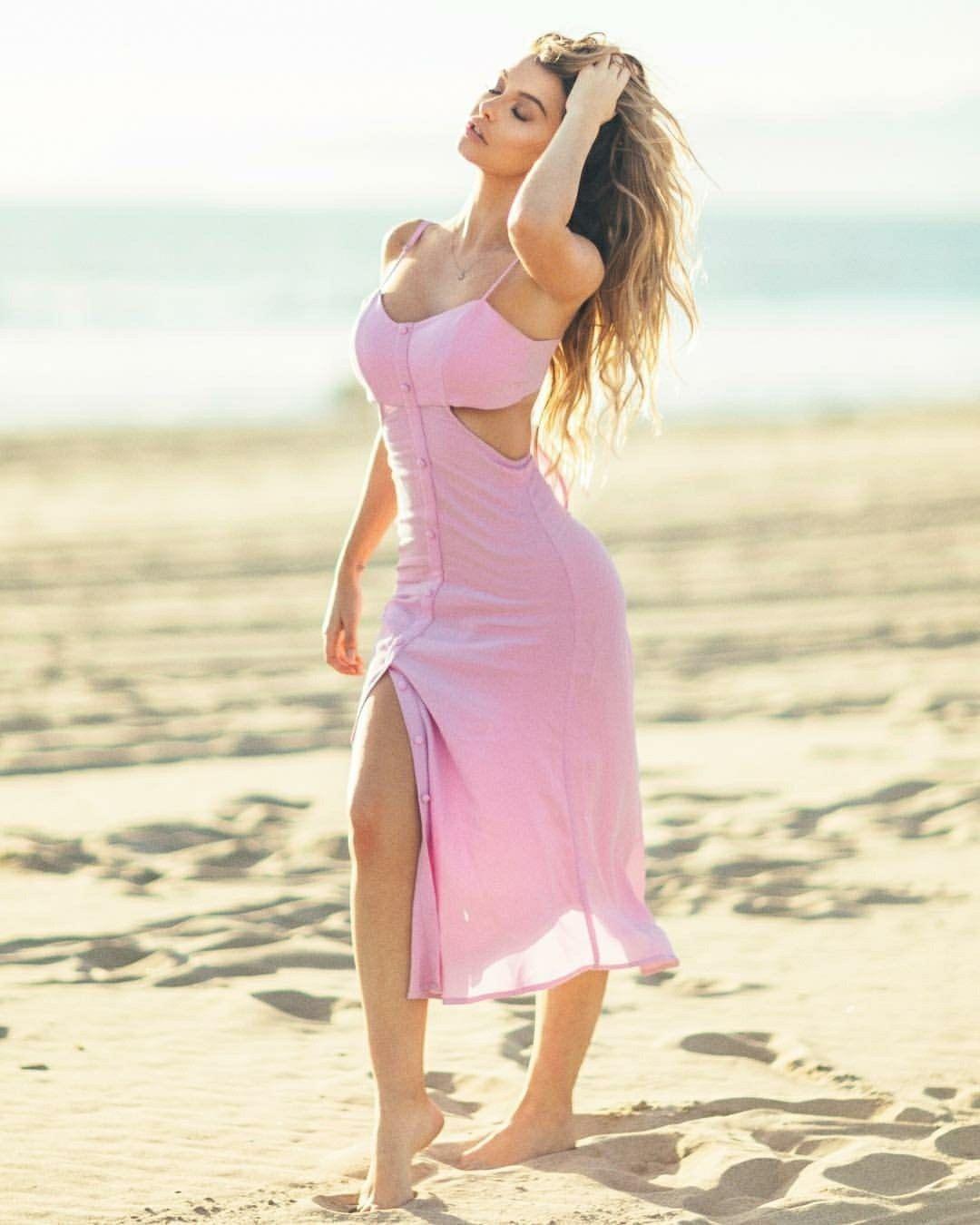 Emily Sears | Club Sho Ito | Pinterest | Ropa