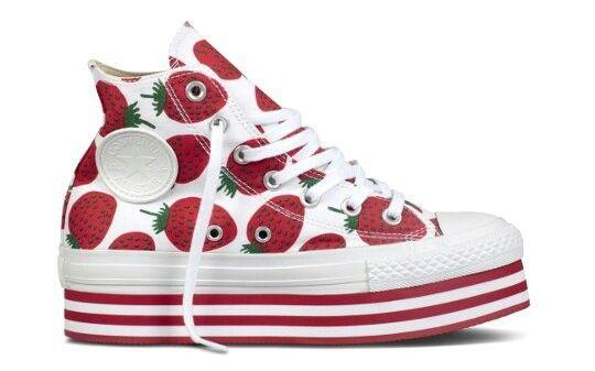 uusi elämäntapa laadukkaita tuotteita saapuu Converse X Marimekko in 2019 | Sneakers, Converse, Spring shoes