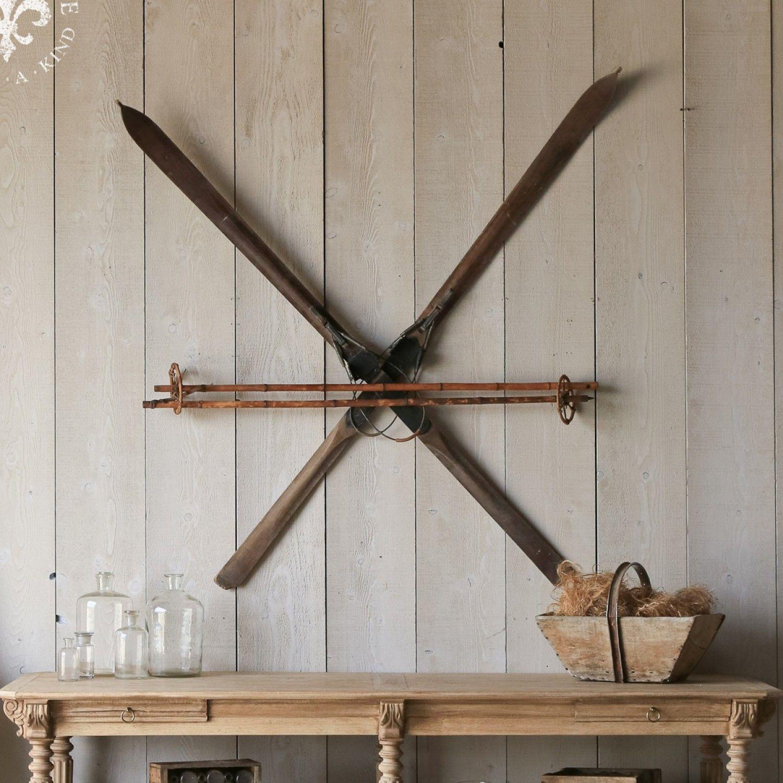 1000 ideas about vintage ski decor on pinterest ski for Antique decoration items