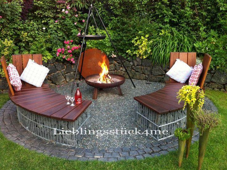 Gartenterrasse gestalten-Feuerstelle-Patio mit Kiesboden-Vintage
