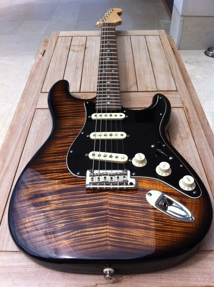 stratocasterfenderguitar guitars en 2019 fender acoustic guitar guitar et fender stratocaster. Black Bedroom Furniture Sets. Home Design Ideas