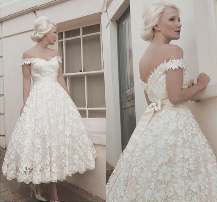 White Lace Short Bridal Dress