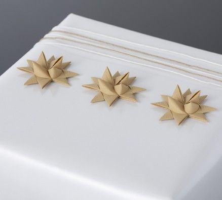 More Paper Stars and Paper Twine Gift Wrapping by Stjernestunder