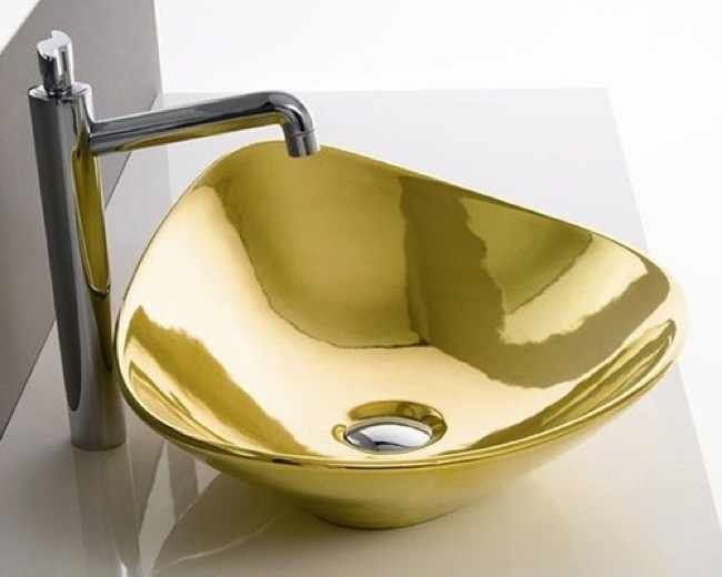 Scarabeo Luxury Gold Toilets Bathroom