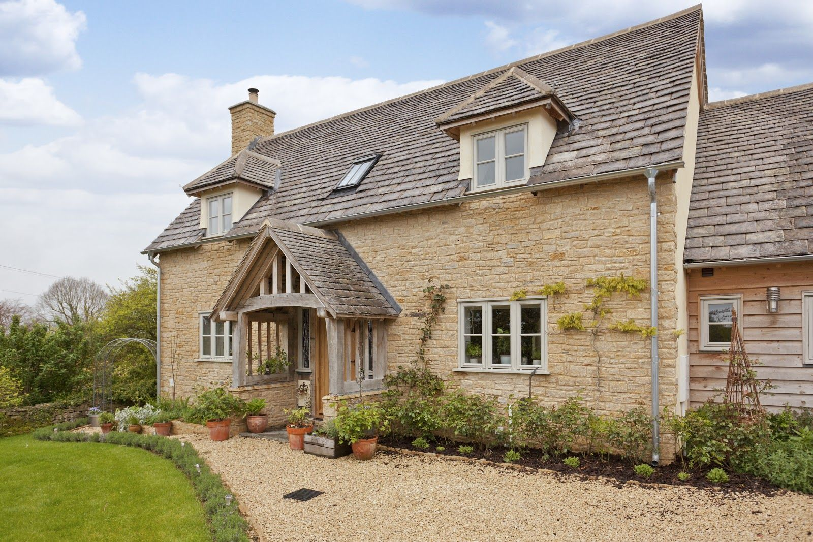 Cotswold Stone Cottage House Plans