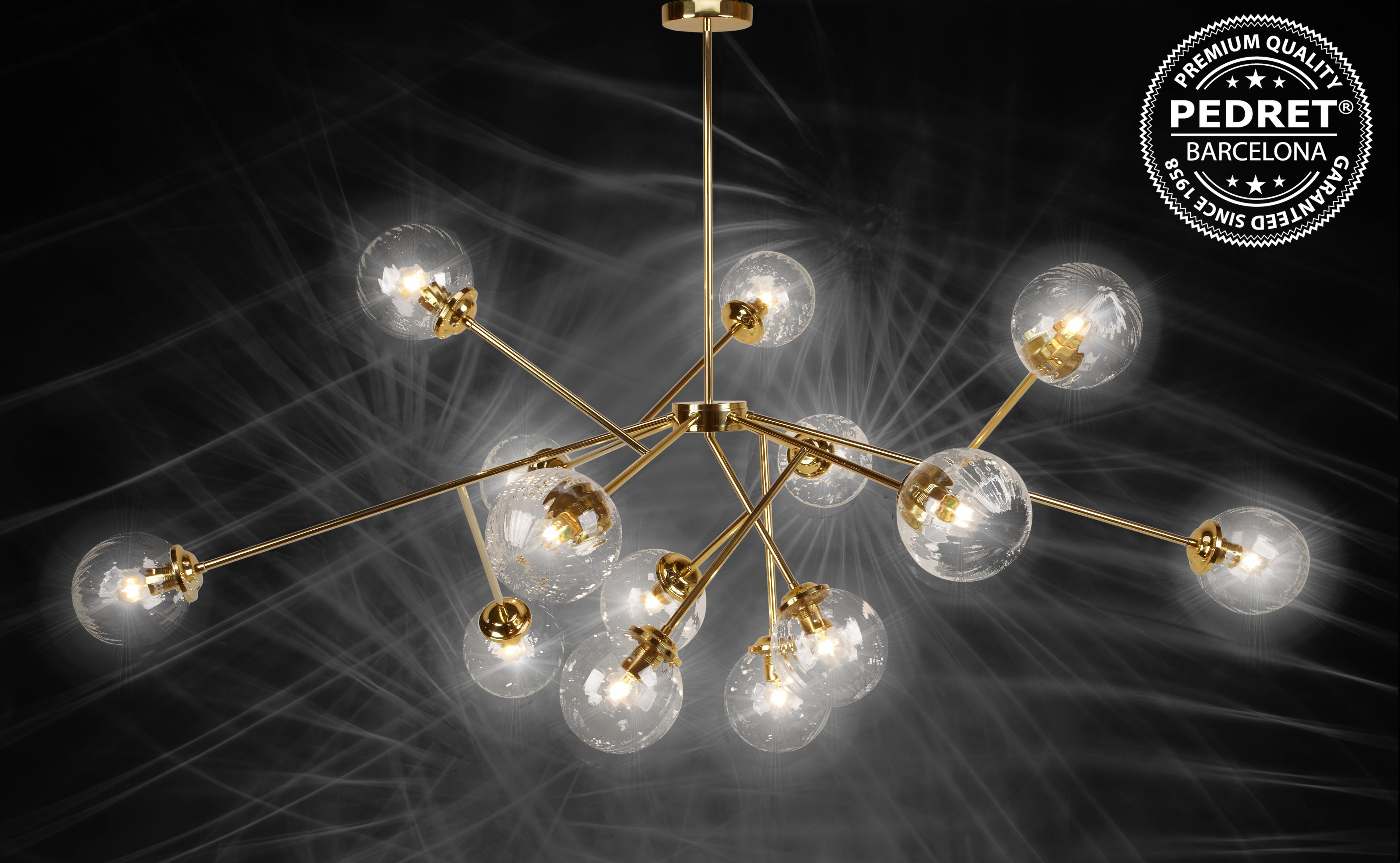 Modern Design Chandelier With Clear Wavy Globes Radiating