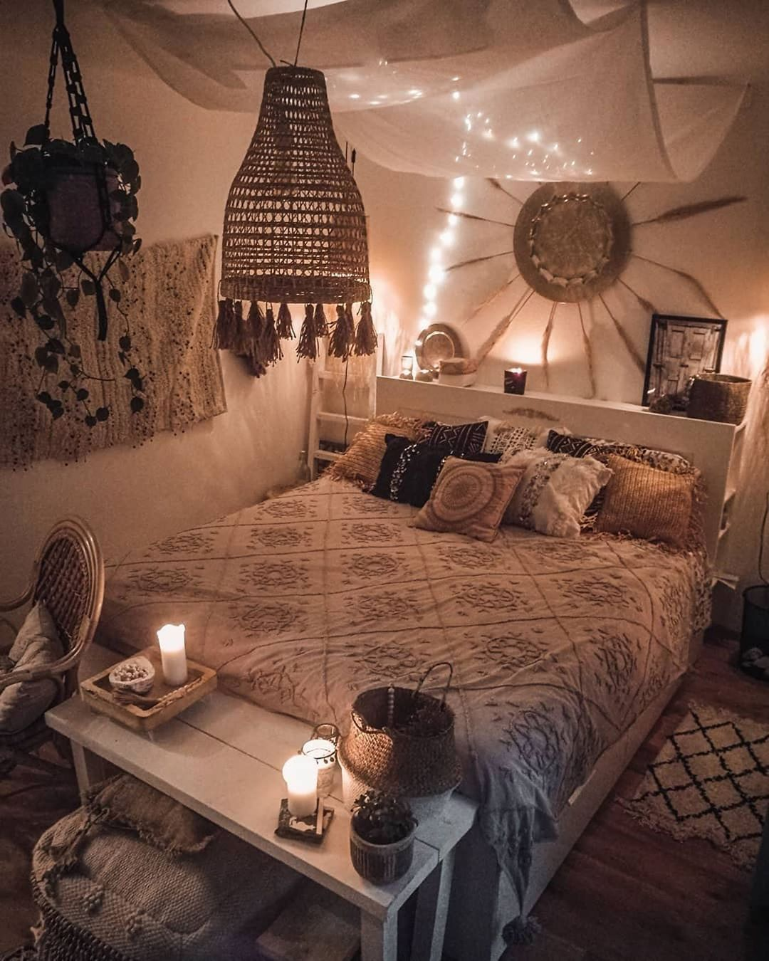 60+ Bohemian Minimalist with Urban Outfiters Bedroom Ideas