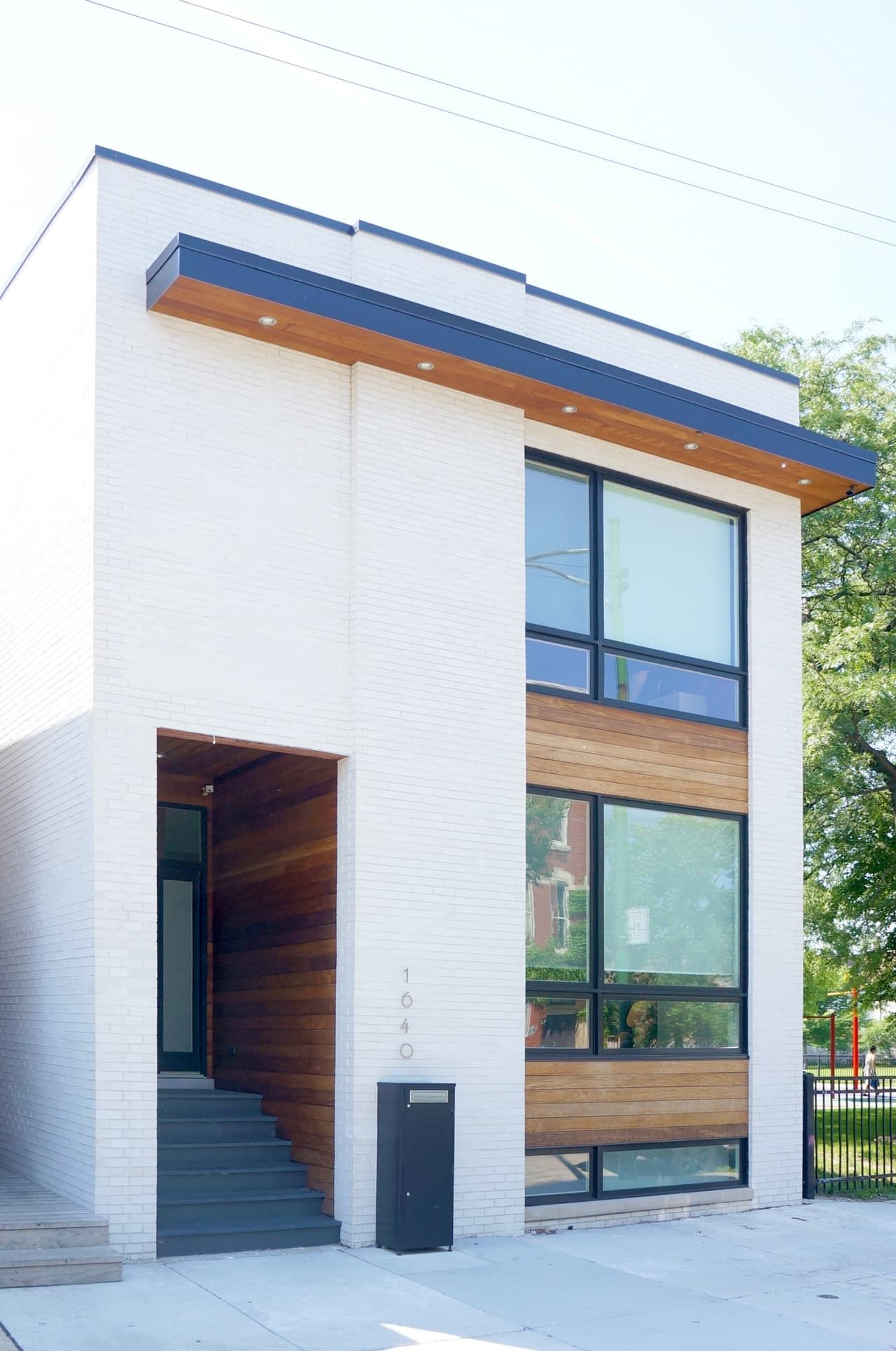 House Tour A Modern Chicago Home Built From The Ground Up