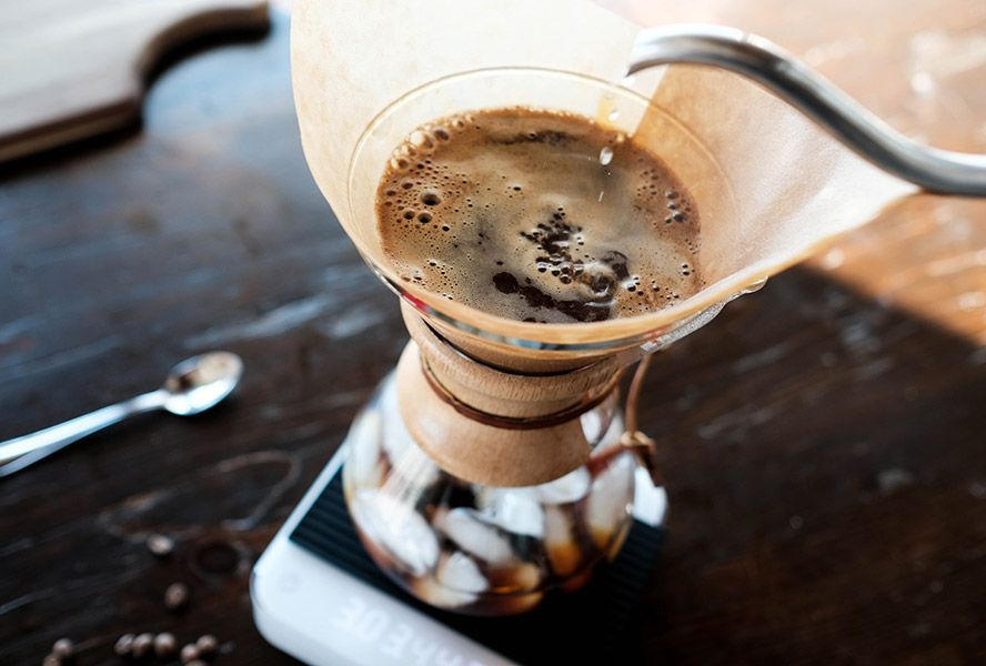 How to make easy flash brew iced coffee all summer long