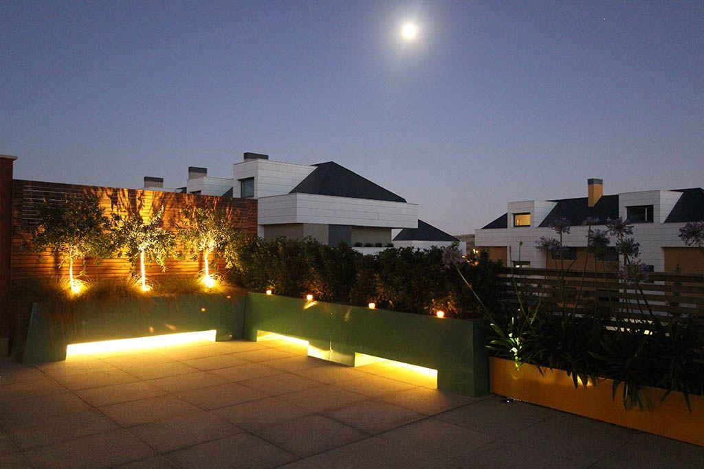 el diseo de iluminacin es un elemento fundamental en la ambientacin de esta terraza brota - Iluminacion Terrazas