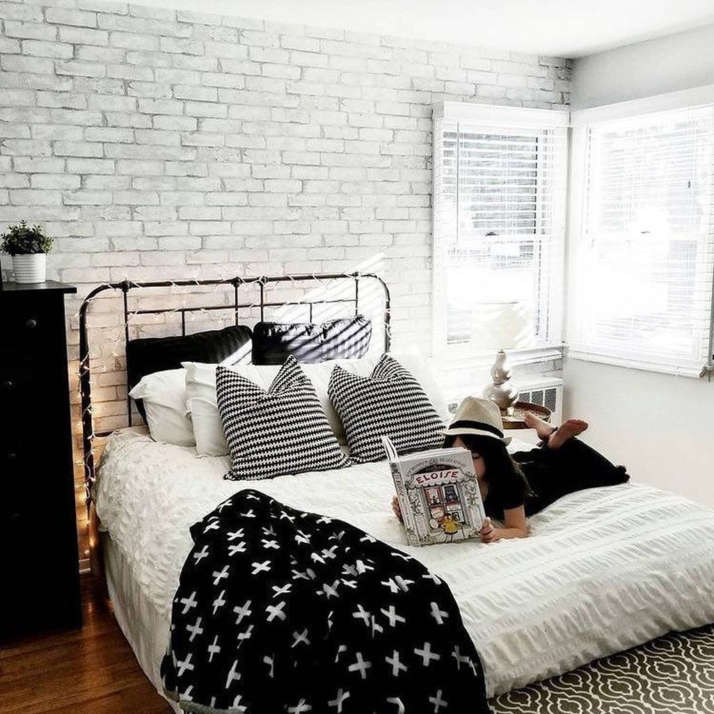 10 Strategies To Apply White Brick Wall In Various Rooms White Brick Wallpaper Bedroom Brick Wall Bedroom Brick Wallpaper Bedroom