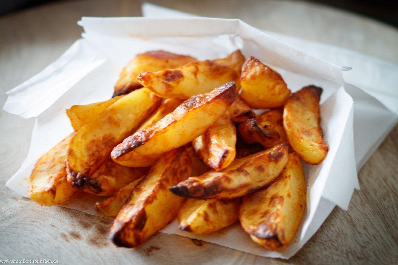 Knusprige Ofenkartoffeln - Die Wedges-Form - emmikochteinfach