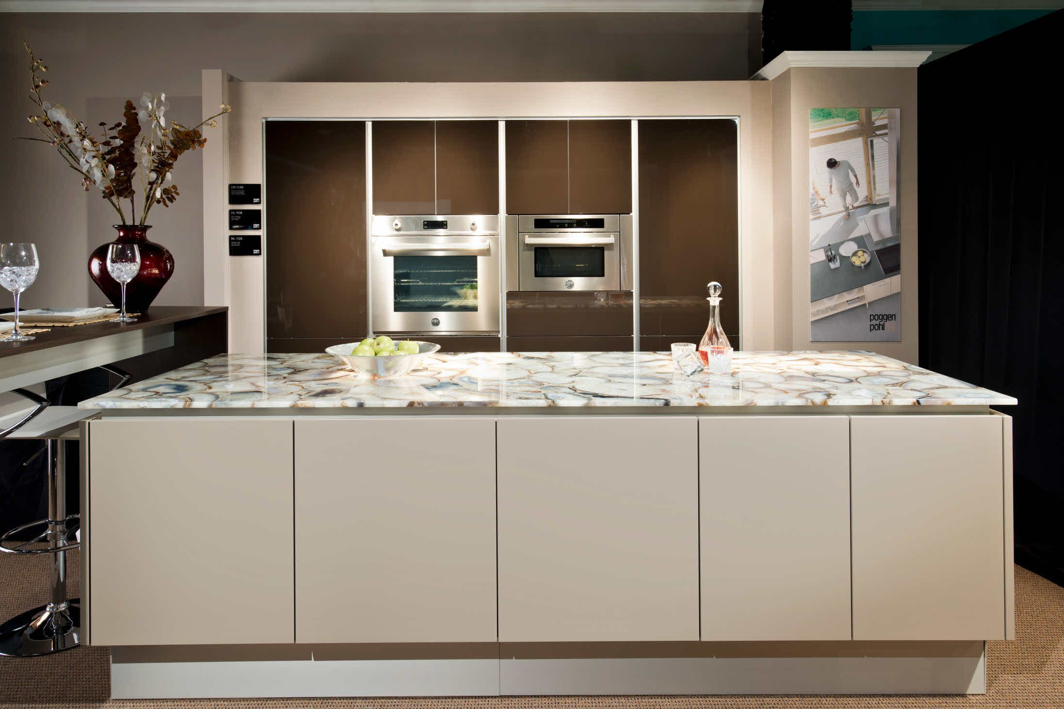 Florida West 2nd Place Dream Room Contest Kitchen Cabinet Styles Kitchen Gallery Kitchen Solutions