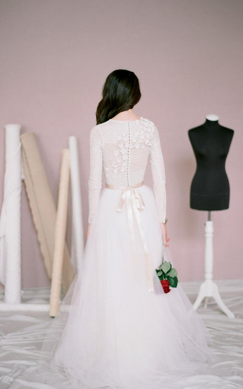 Modest jewel neck long sleeve aline tulle wedding dress wedding