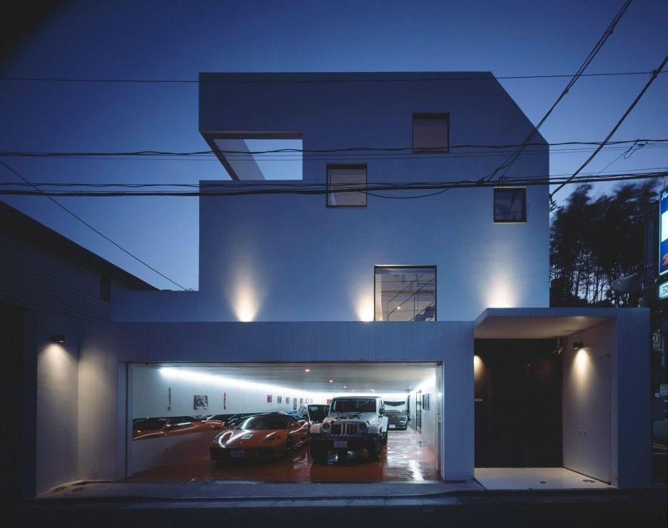 Modern motor houses