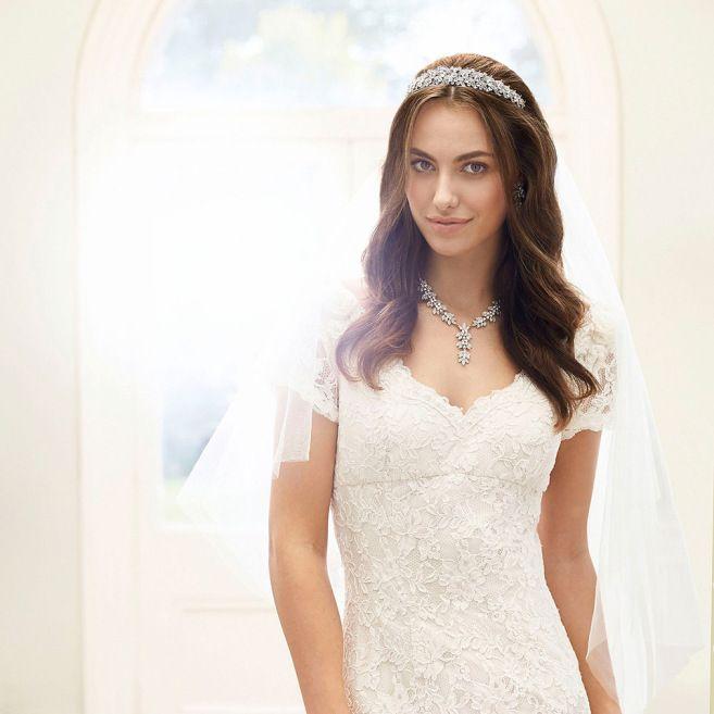 Crowning Glory How To Choose The Perfect Bridal Headpiece By Jon Richard Love My Dress Uk Wedding Blog