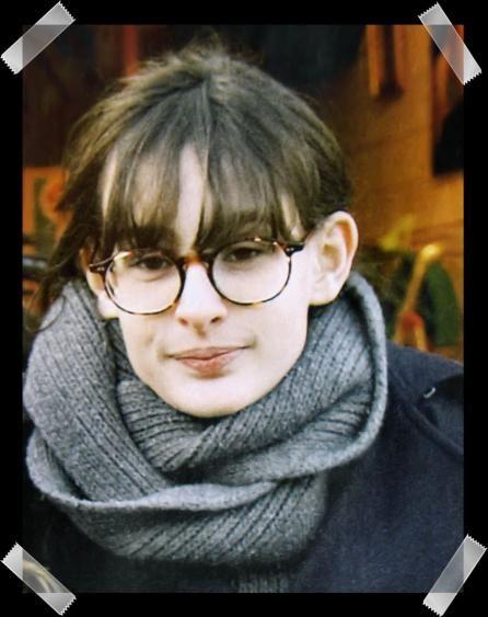 Nine d'Urso - I love her glasses!