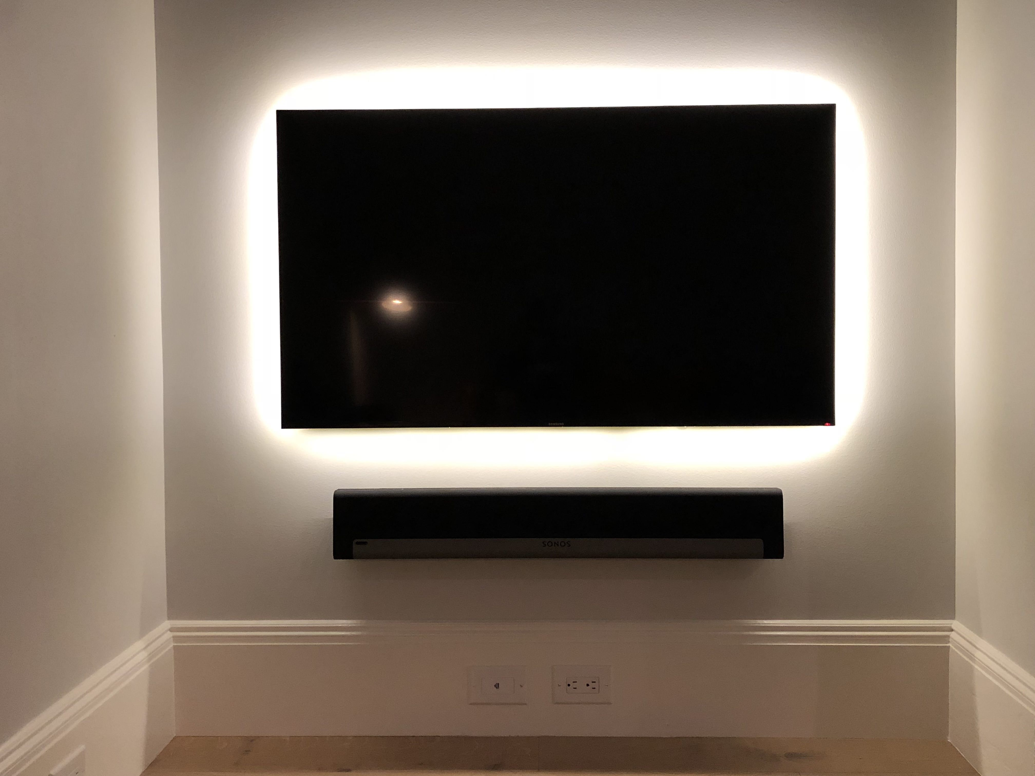 Custom Homekit Controlled Tv Backlight With A 3d Printed Case Handmade Crafts Howto Diy Kit Homes Tv Backlight Wall Mounted Tv