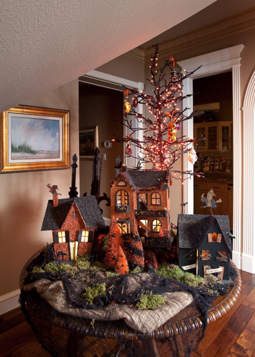 50 Elegant Halloween Tabletop Decoration Ideas Halloween Tabletop Halloween House Halloween Home Decor