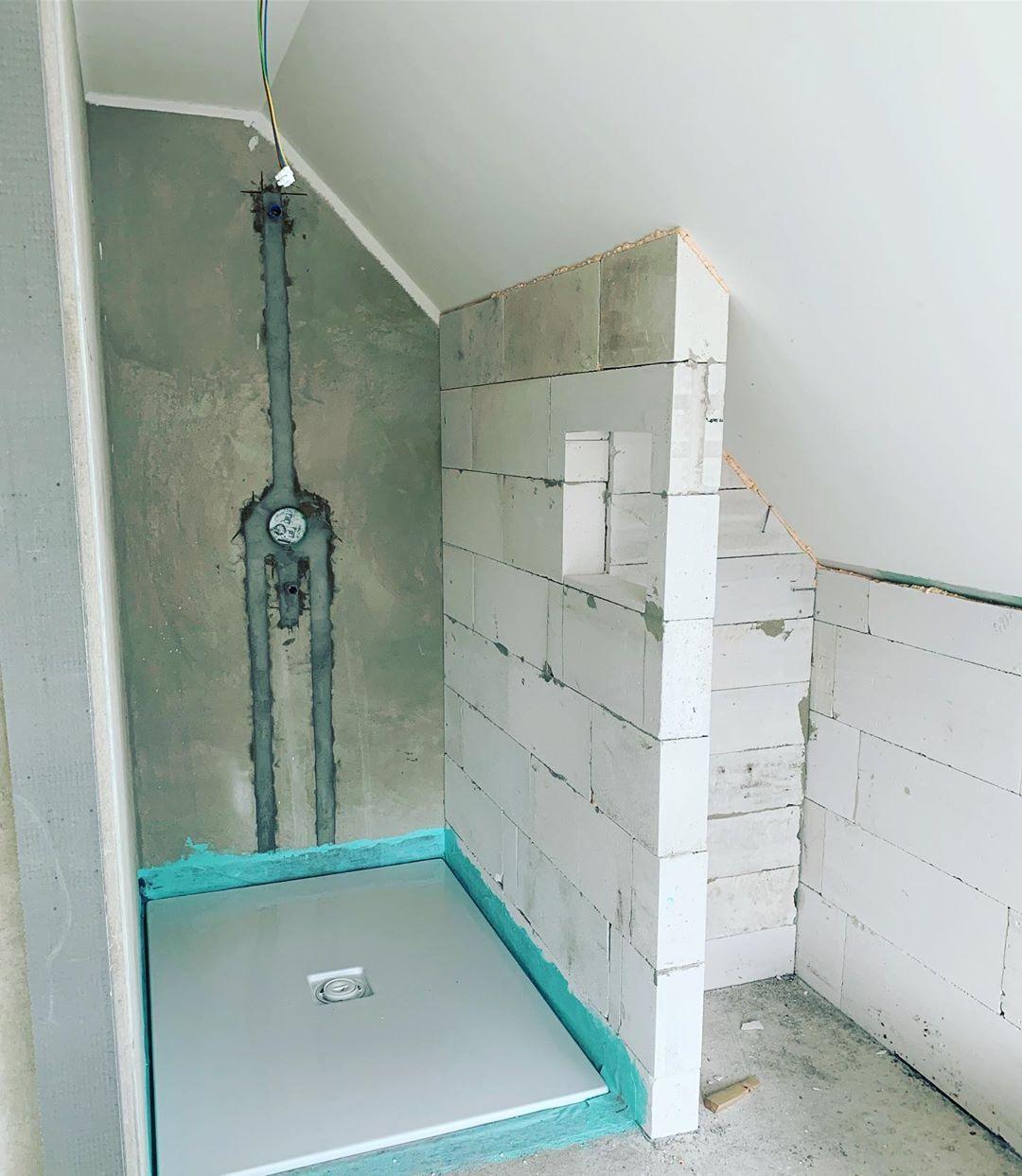Unsere Duschwanne Im Oberen Badezimmer Ist Drinnen Die Passende Kaldewei Conoflat Zur Badewanne Wir Haben Eine 1 40 M Lange Wanne Bathroom