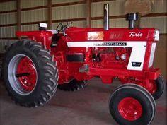 Ih 1066 Restored Restore Refurbished International Youtube Tractors International Harvester Tractors Farmall Tractors