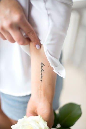 Diseños De Tatuajes Con Nombres En El Brazo Para Mujeres Tatuajes