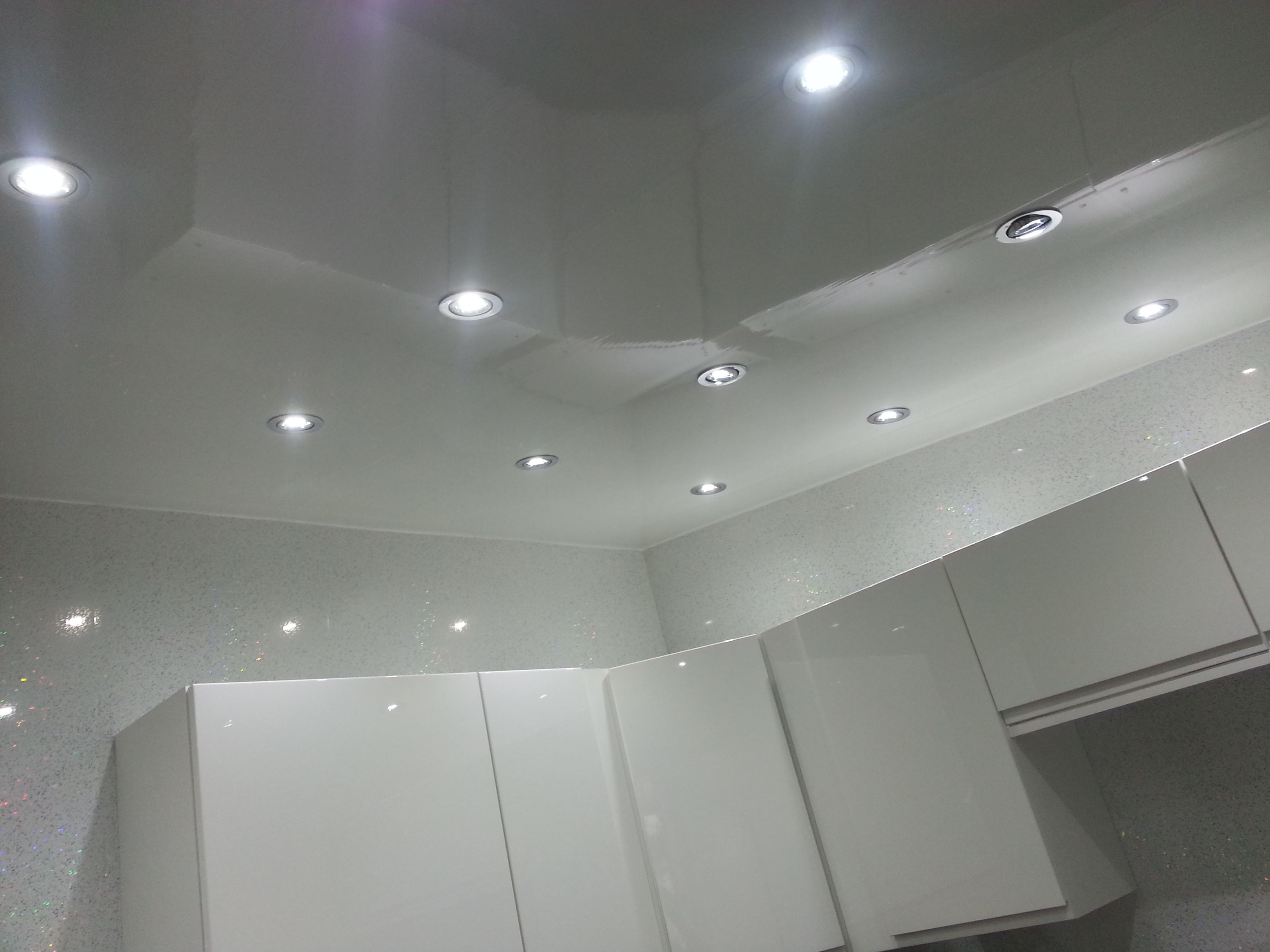 Plain white gloss PVC Ceiling Panel, adds a modern look to ...