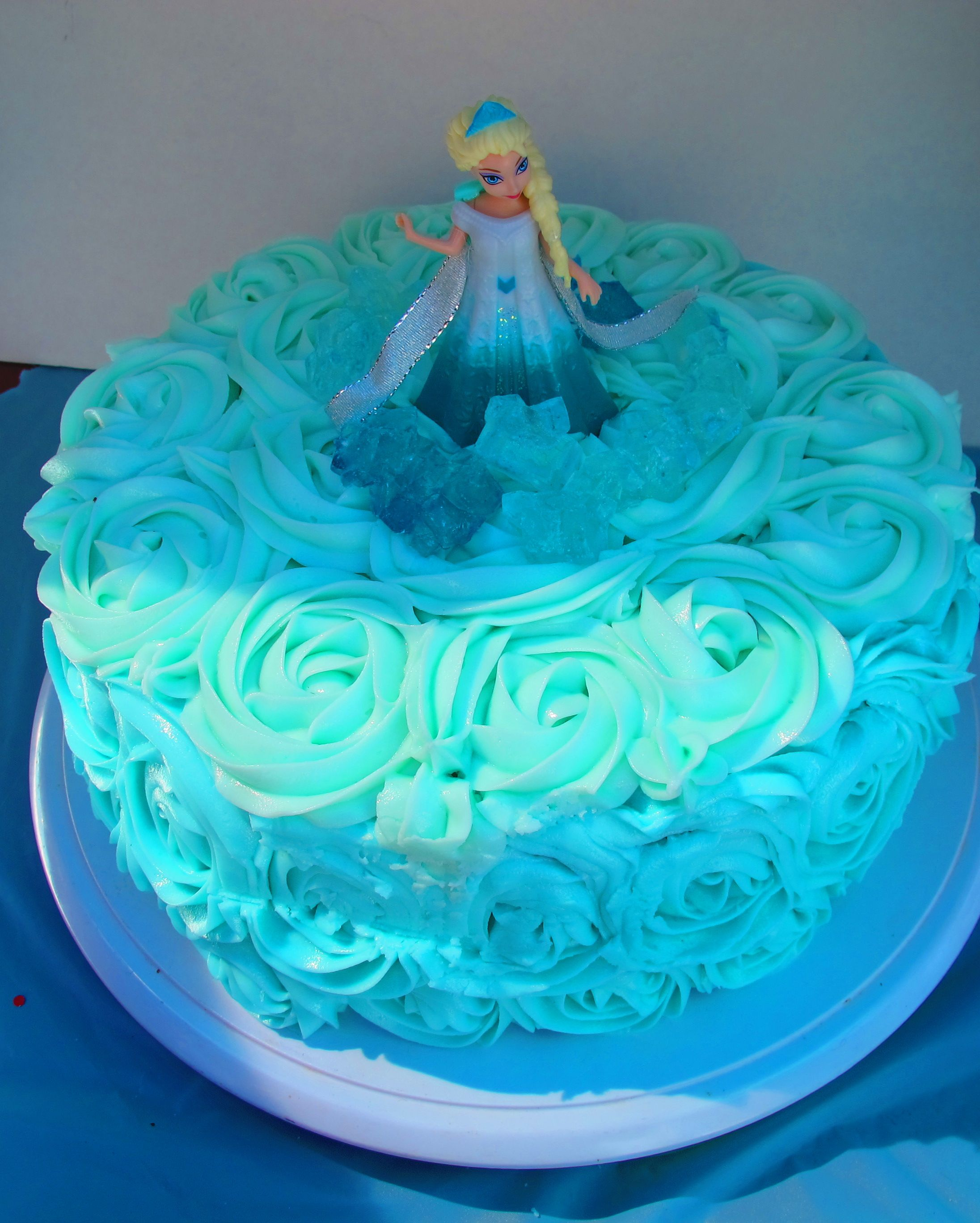 Homemade Frozen themed cake ombre style Super easy Alexis