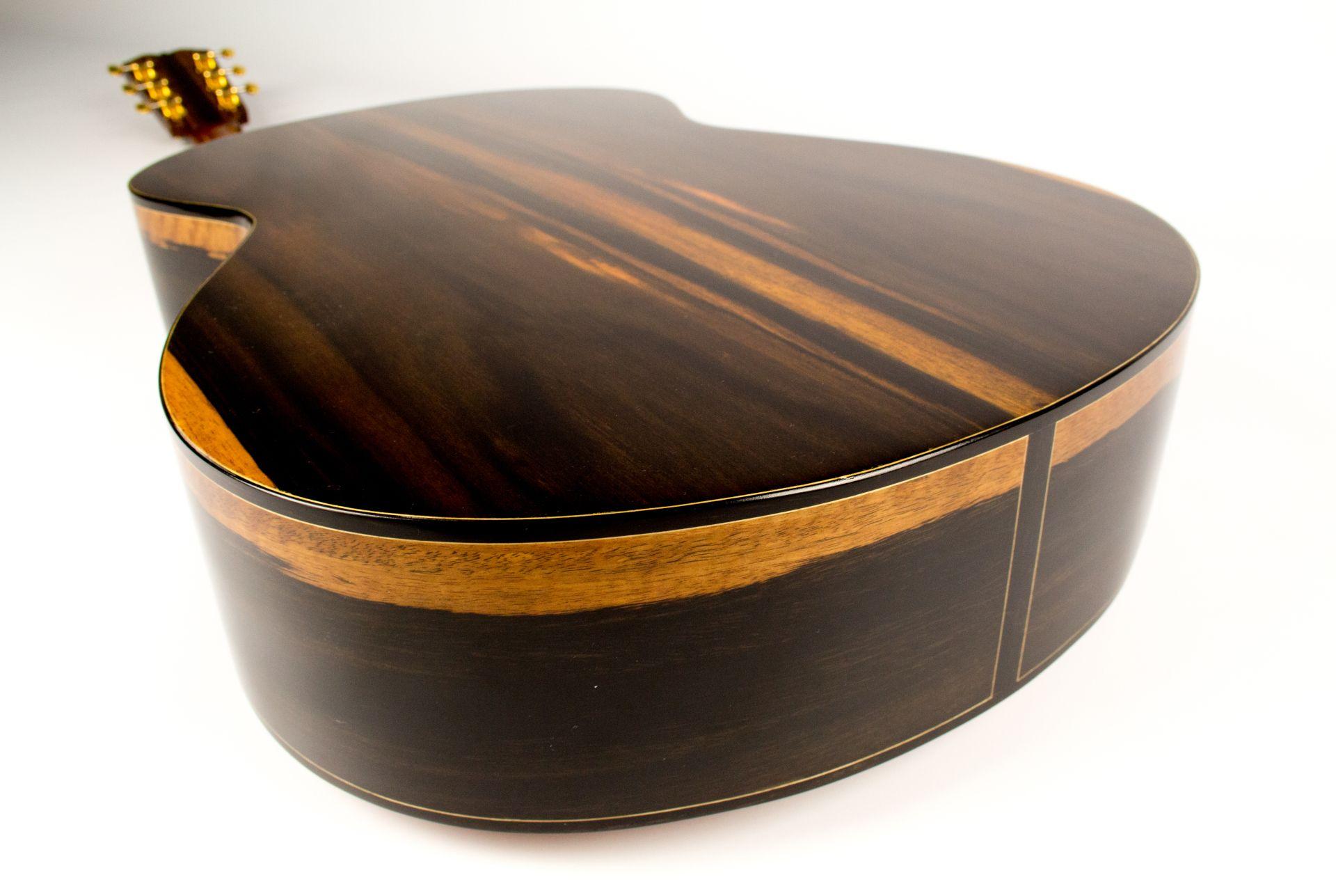 Handmade Custom Acoustic Guitar Photo Video Gallery Custom Acoustic Guitars Acoustic Guitar Guitar Photos
