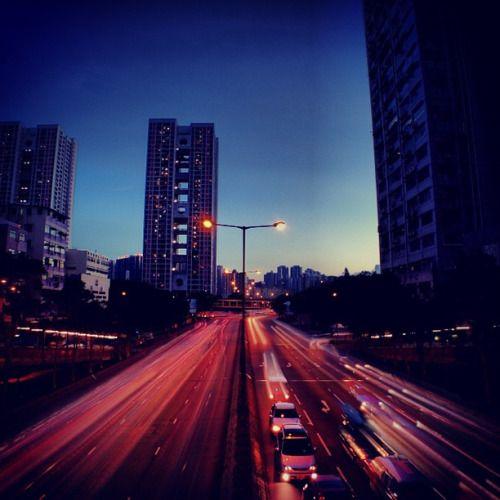 http://ift.tt/26nltoG  zirosou:  at Tsuen Wan. #turtlejacket #pentaeye #hongkong #discoverhongkong  #dance #hongkong #ballet