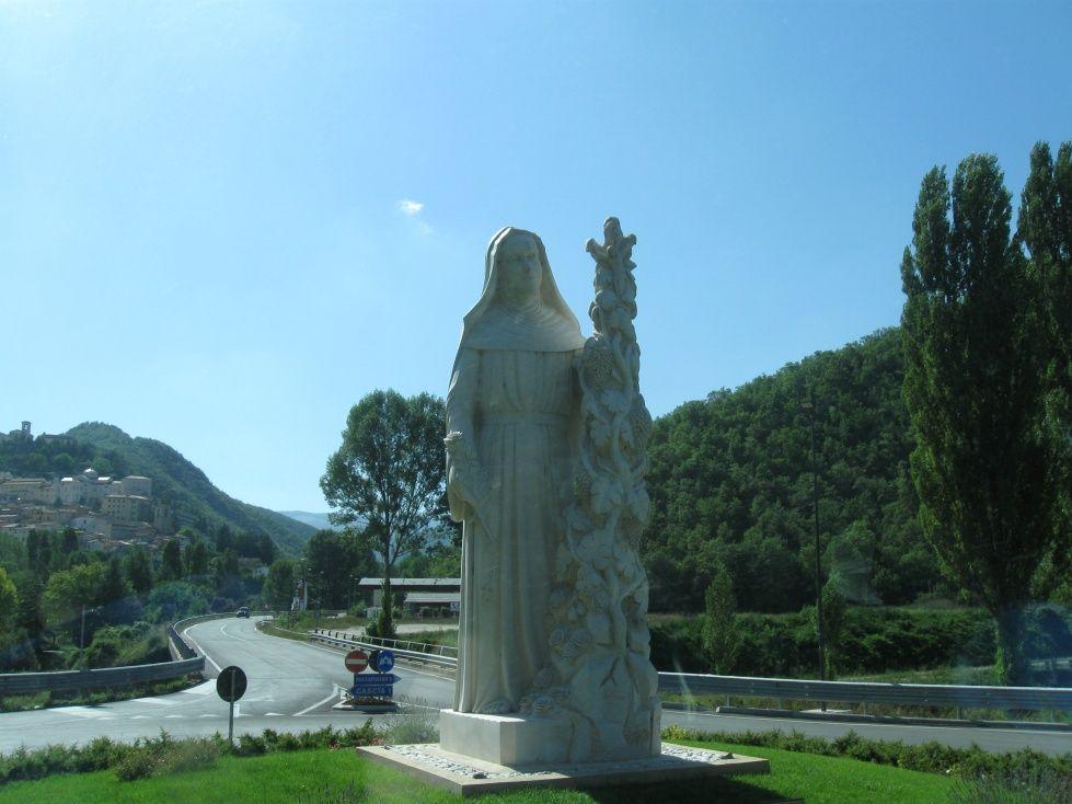 Cascia - Statua Santa Rita