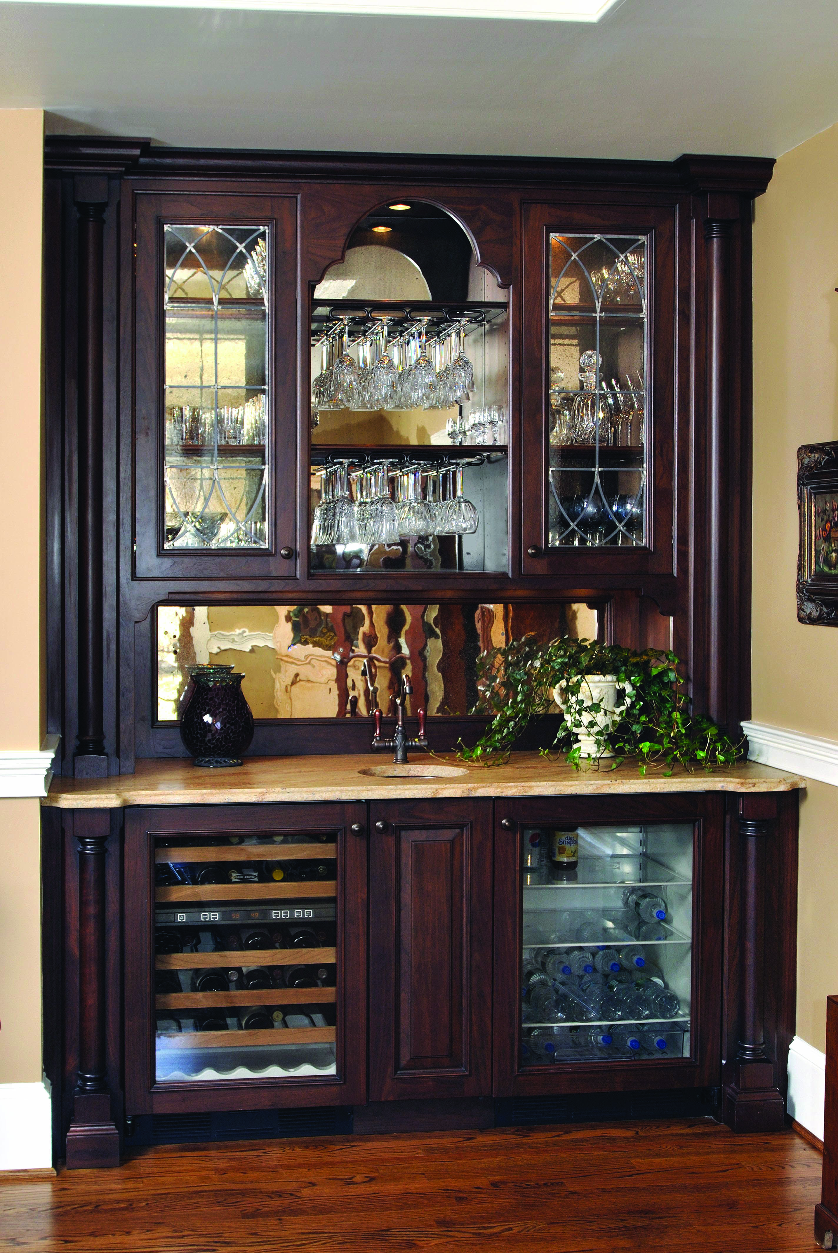 8 Top Trends In Basement Wet Bar Design For 2019 With Images