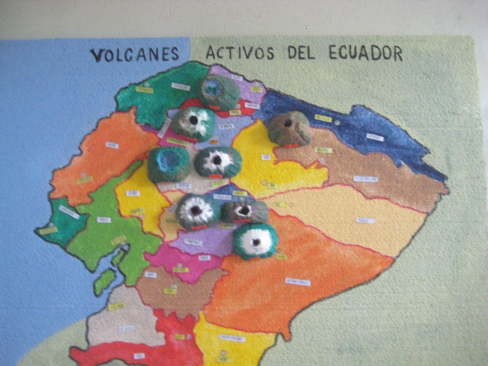 Maqueta De La Ruta De Los Volcanes De Ecuador